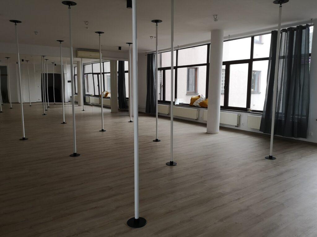 sala pole dance w Pole Dance University